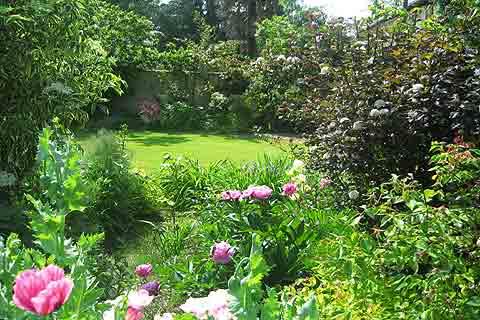 jardins des martels; a botanical garden in south west france