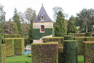 les jardins du manoir d 39 eyrignac a dordogne garden. Black Bedroom Furniture Sets. Home Design Ideas