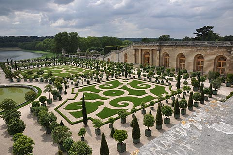 French Garden Design italian french parterre garden traditional landscape History Of French Garden Design Gardens Of Versaille