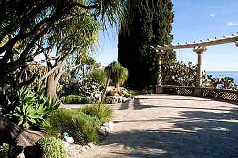 Photo of Mediterranean Garden Design