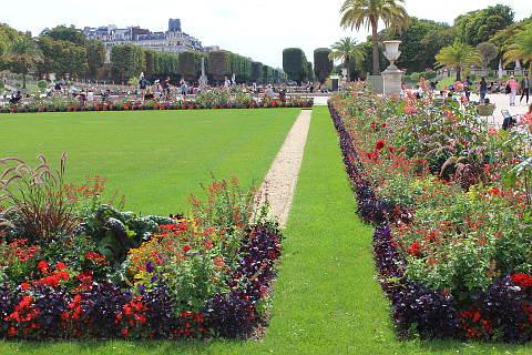 Le jardin du luxembourg a garden in paris for Jardin luxembourg